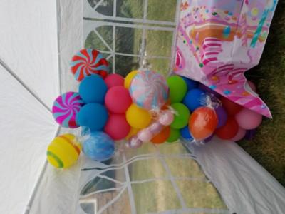 Candy balloon column